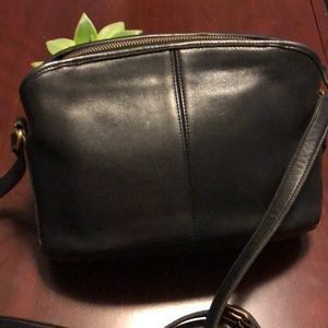 Authentic Vintage Coach Leather Purse with Pocket